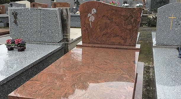 marbrerie fun raire avec cristol ghio fr jus et saint rapha l. Black Bedroom Furniture Sets. Home Design Ideas